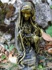 """Religiöse Skulptur: """"Die betende Nonne"""""""