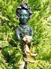 "Skulptur: ""Rosenfrau"""